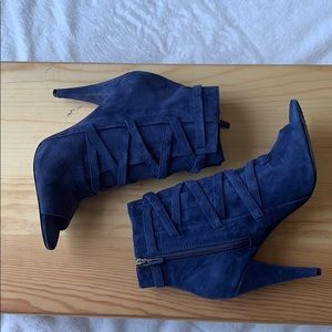 Vince Camuto Fashion Boots Navy size 8